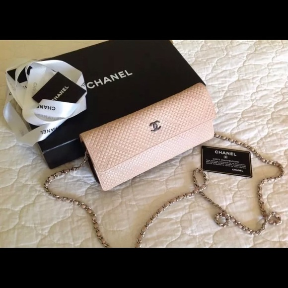 ede6ab05a7f32b CHANEL Bags | Clutch Nude Pink Pristine Carried Once | Poshmark